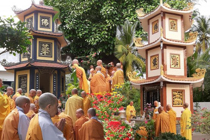 Bến Tre: Lễ tảo Tháp tưởng niệm chư vị Hòa thượng khai sơn tạo tự chùa Tiên Đài, chùa Phật Nhựt, chùa Bửu Tạng