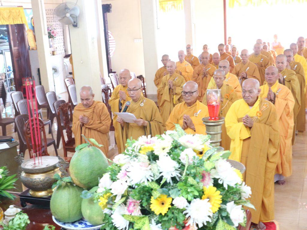 Bến Tre: Ban Trị sự GHPGVN tỉnh trang nghiêm tưởng niệm lần thứ 712 năm Đức vua – Phật hoàng Trần Nhân Tông nhập Niết bàn