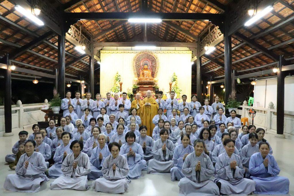 """Bến Tre: Chùa Long Hóa tổ chức khóa tu """"Bốn ngày an lạc"""" cho Phật tử"""