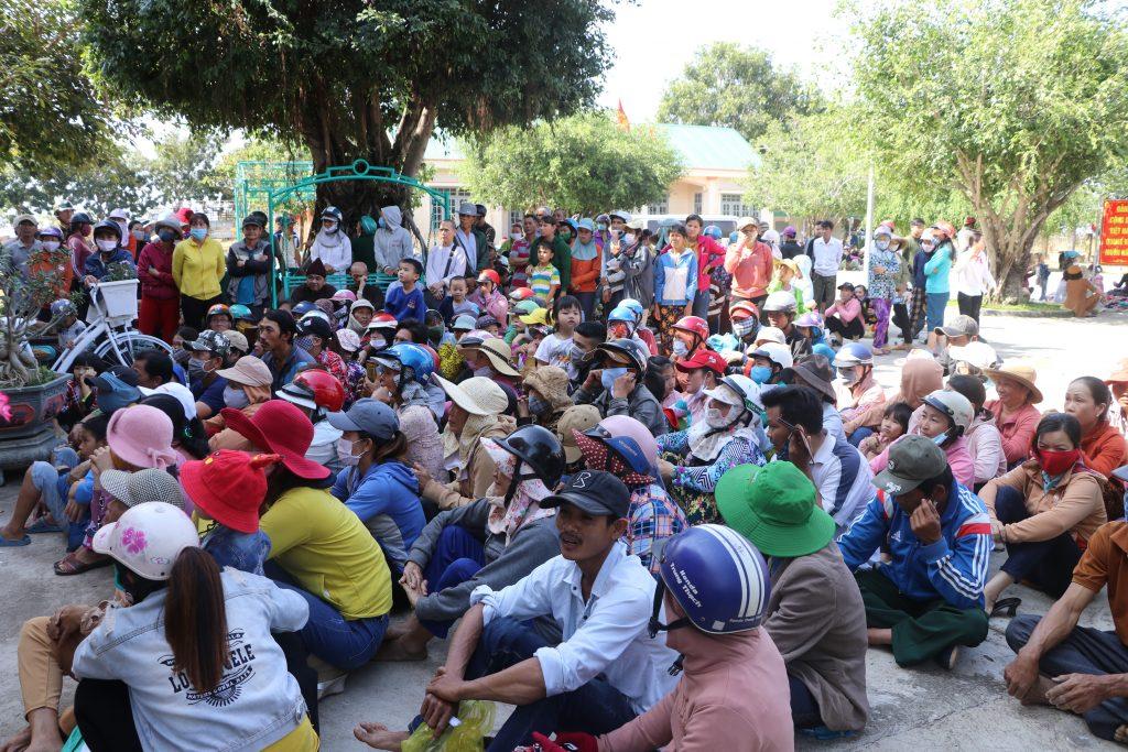Bến Tre: Ban Từ thiện xã hội GHPGVN tỉnh trao tặng quà Tết cho đồng bào nghèo Bến Tre tại vùng kinh tế mới, tỉnh Đăk Lăk