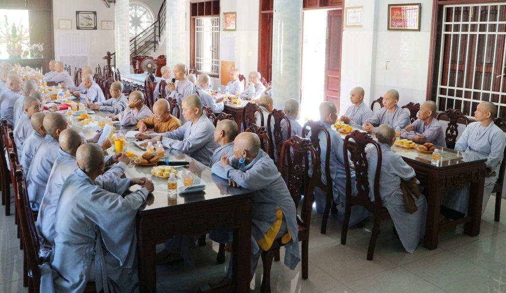 Bến Tre: Phân Ban Ni giới tỉnh họp định kỳ báo cáo công tác Phật sự tháng 3, năm 2021